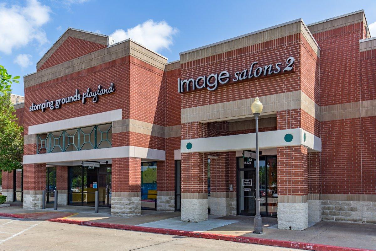 JPAGE-Commercial-ImageSalonStudios--32